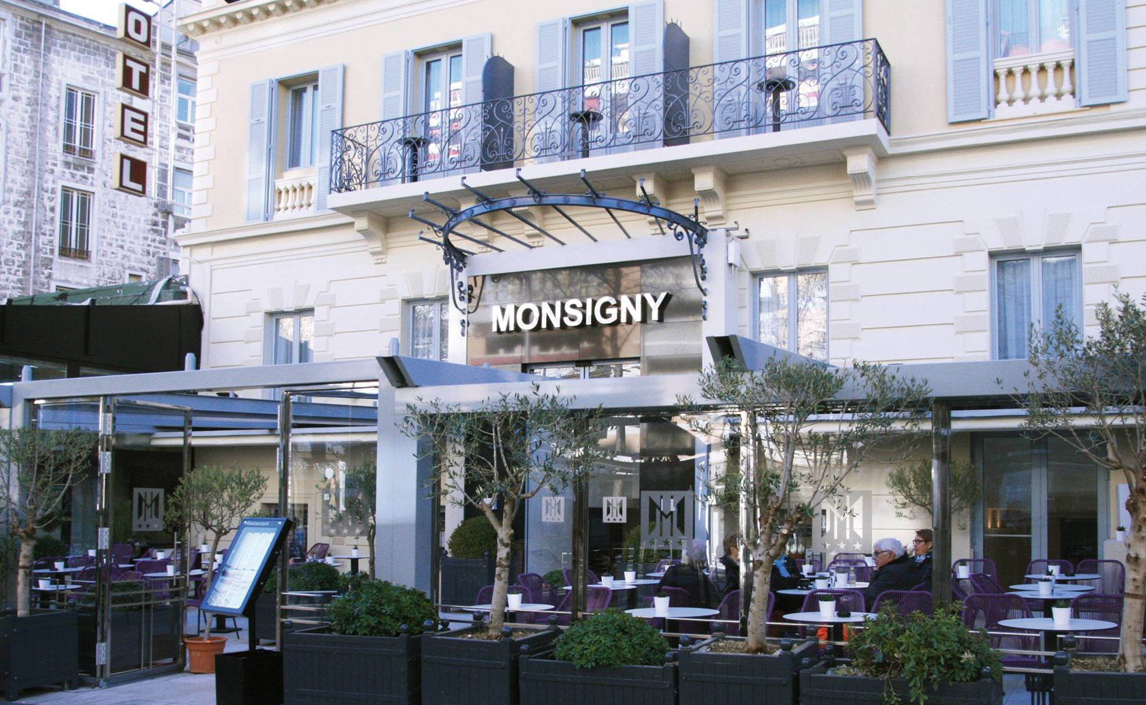 @ Hotel Monsigny