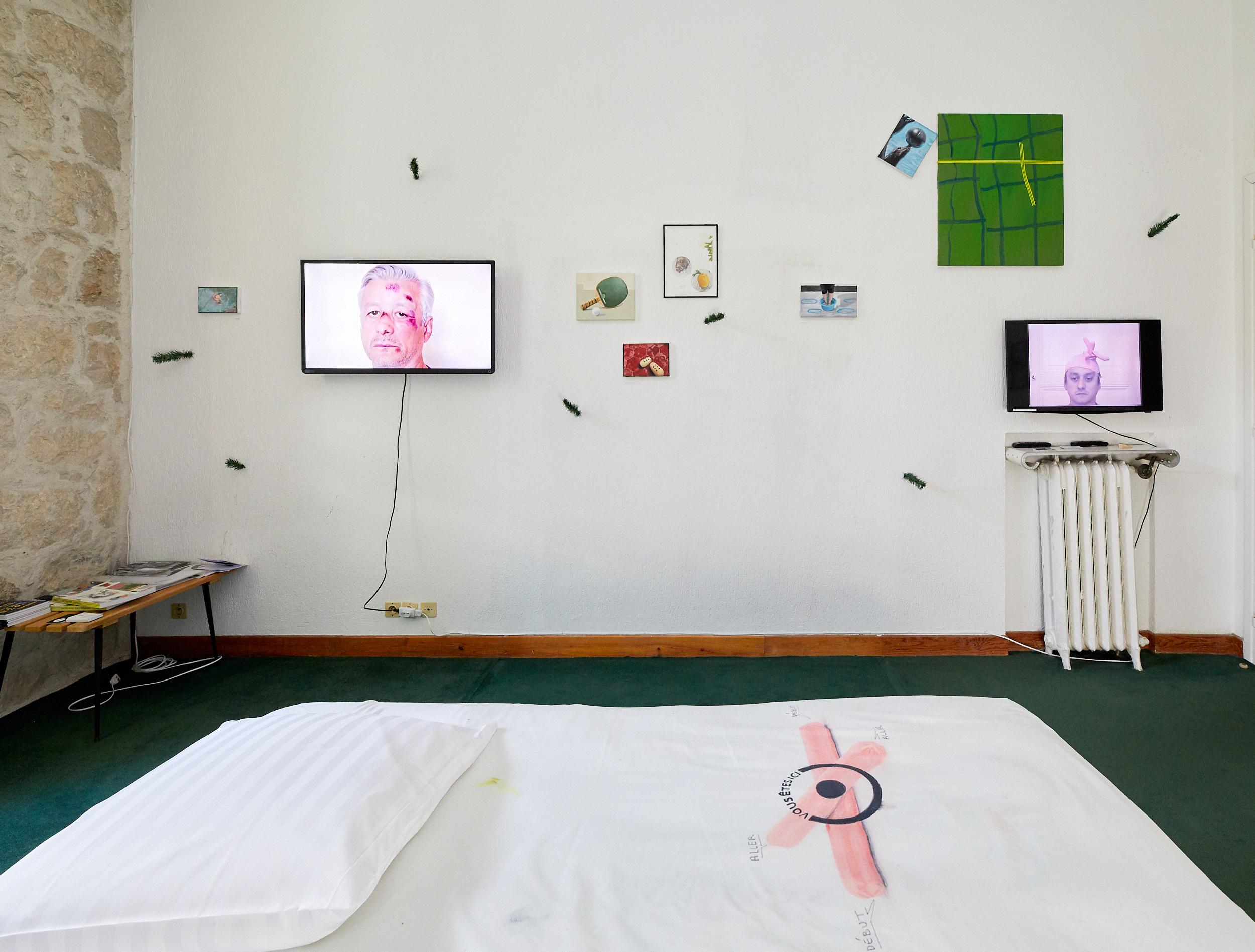 Thierry Lagalla, Espace à Vendre, 2019, camera camera